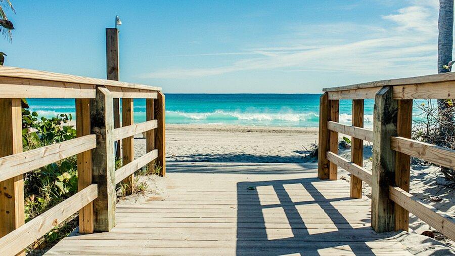 fotografia-arrivando-spiaggia-almost-there-alex-becker-05
