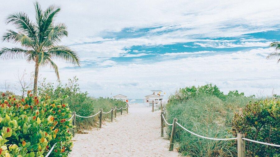 fotografia-arrivando-spiaggia-almost-there-alex-becker-08