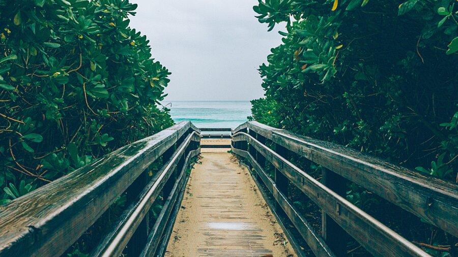fotografia-arrivando-spiaggia-almost-there-alex-becker-13