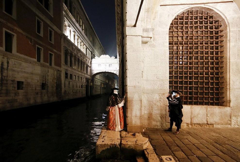 fotografia-carnevale-venezia-2016-alessandro-bianchi-01