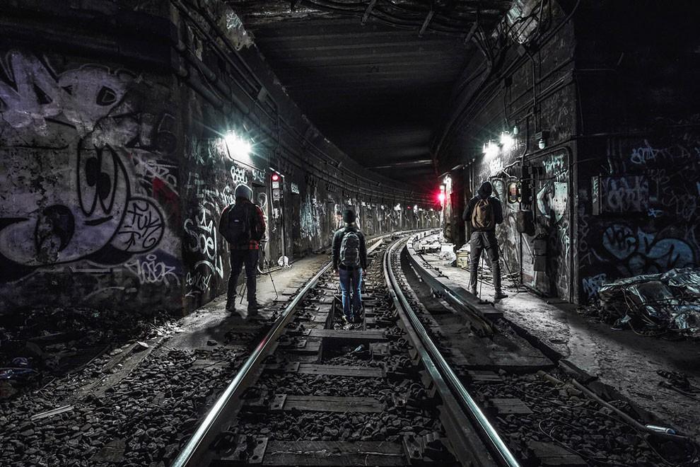 fotografia-gallerie-metro-abbandonata-new-york-dark-cyanide-06