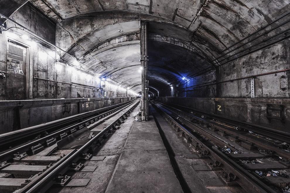 fotografia-gallerie-metro-abbandonata-new-york-dark-cyanide-09