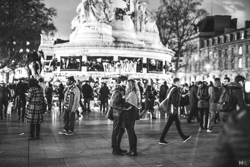fotografia-innamorati-baci-in-pubblico-mikael-theimer-05