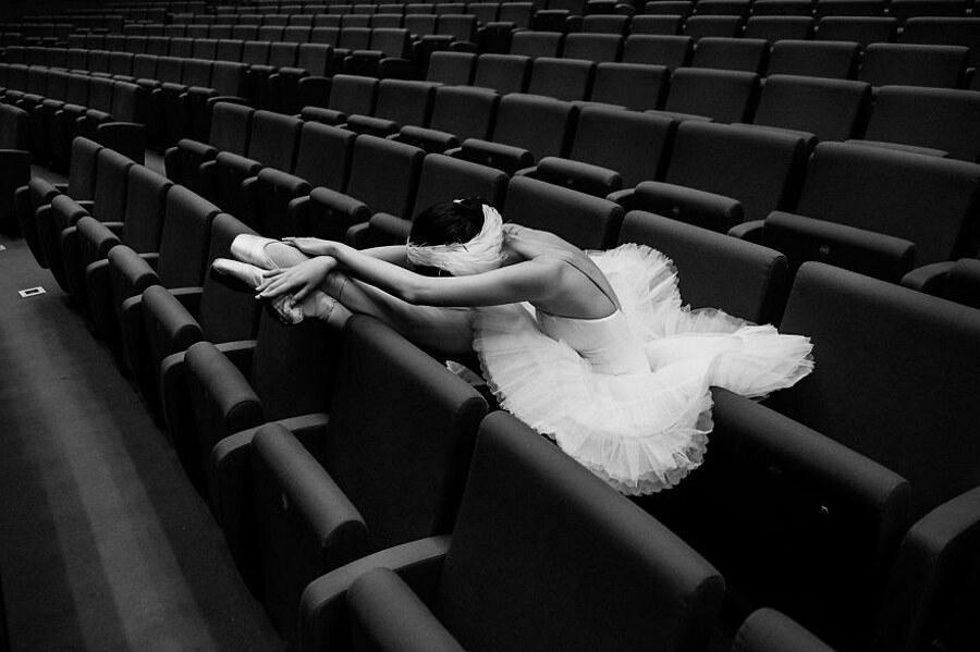 fotografia-ritratti-ballerini-classici-russia-dietro-le-quinte-darian-volkova-305
