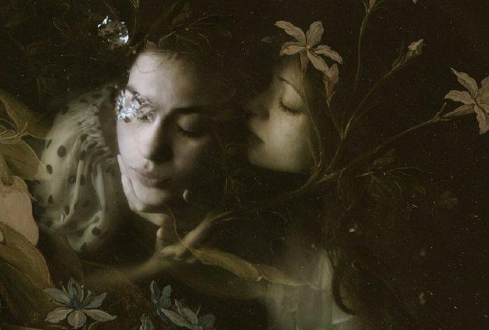 fotografia-surreale-ritratti-donne-acqua-mira-nedyalkova-01