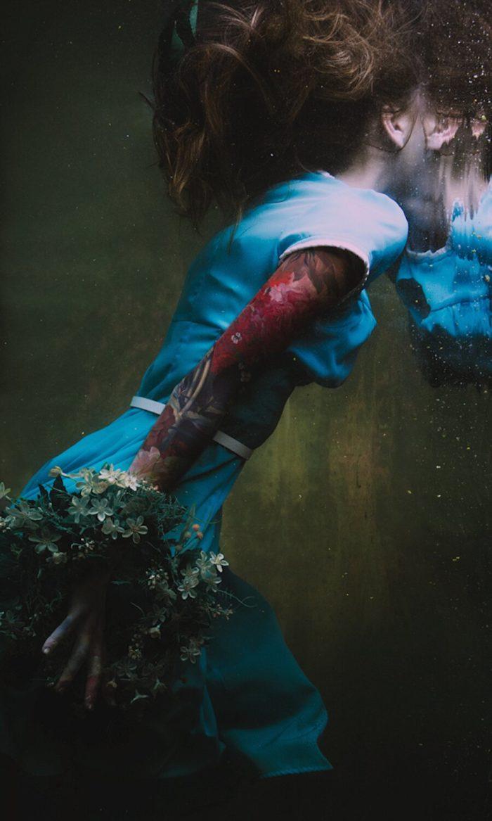 fotografia-surreale-ritratti-donne-acqua-mira-nedyalkova-12