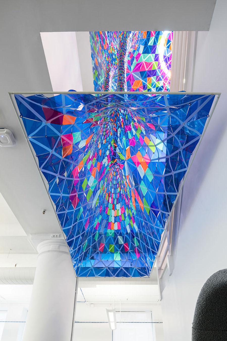 installazione-vetro-colori-behance-new-york-softlab-5