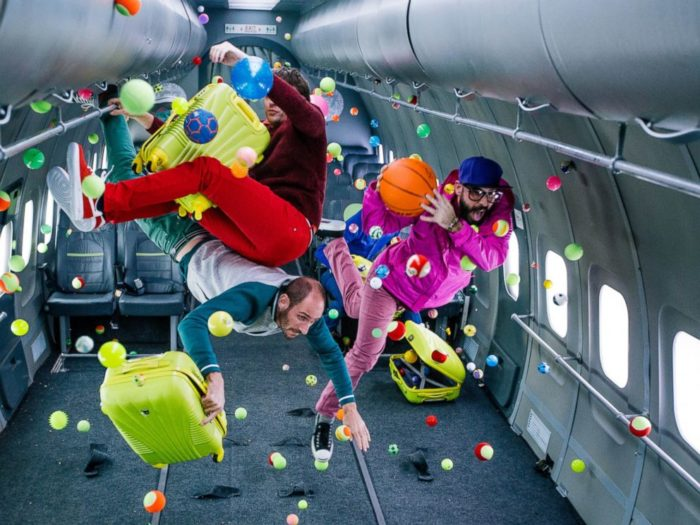 ok-go-video-gravita-upside-down-inside-out-5