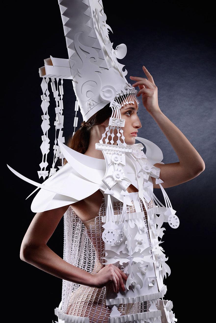 parrucche-barocche-di-carta-azya-kozina-02