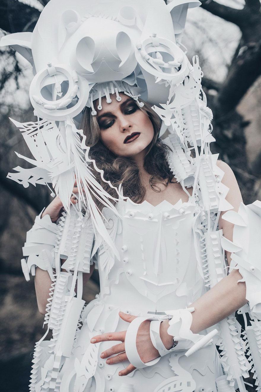 parrucche-barocche-di-carta-azya-kozina-10