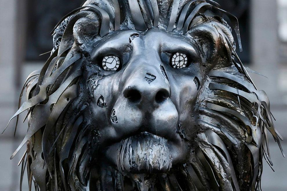 scultura-leone-national-geographic-trafalgar-square-londra-1