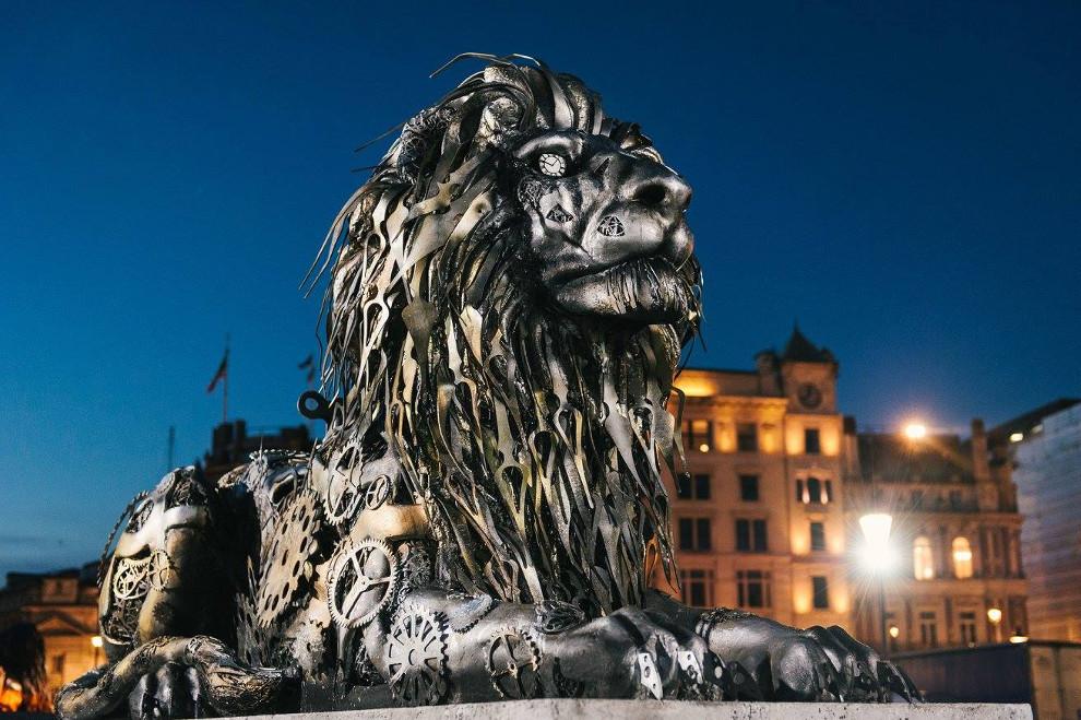 scultura-leone-national-geographic-trafalgar-square-londra-4