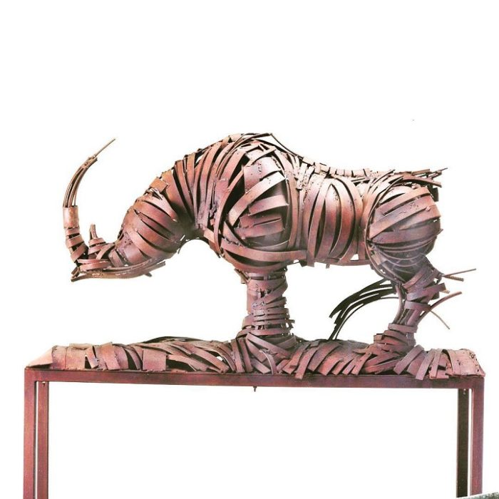 sculture-ferro-bronzo-animali-umani-fernando-suarez-reguera-07