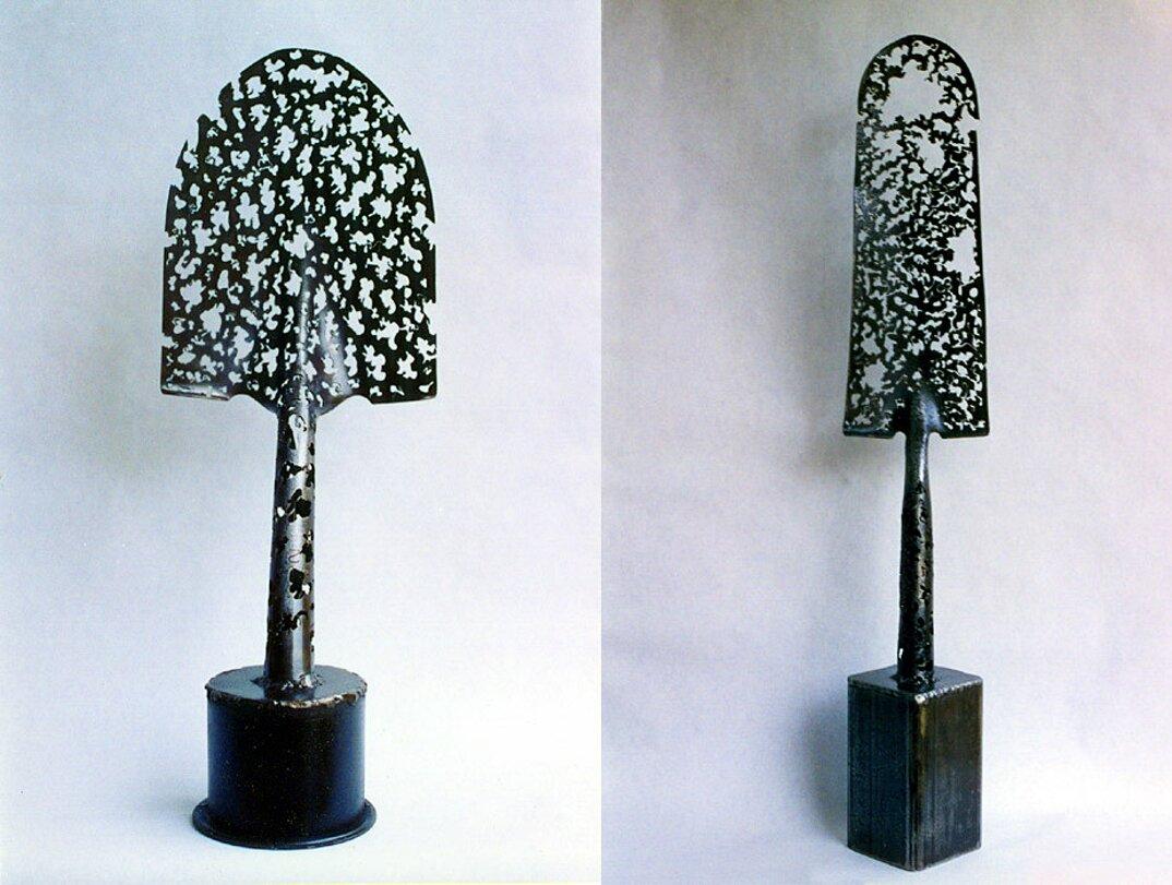 sculture-pale-arrugginite-riciclate-denice-bizot-2