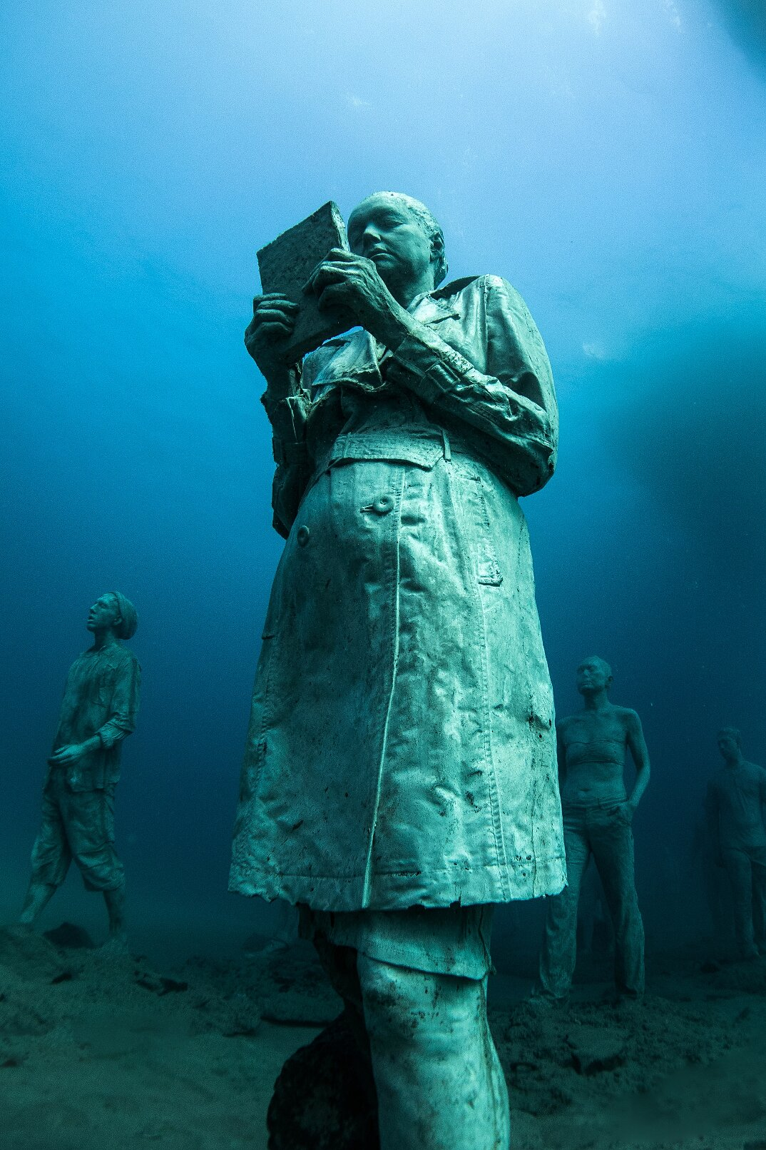 sculture-sottomarine-museo-atlantico-jason-decaires-taylor-03