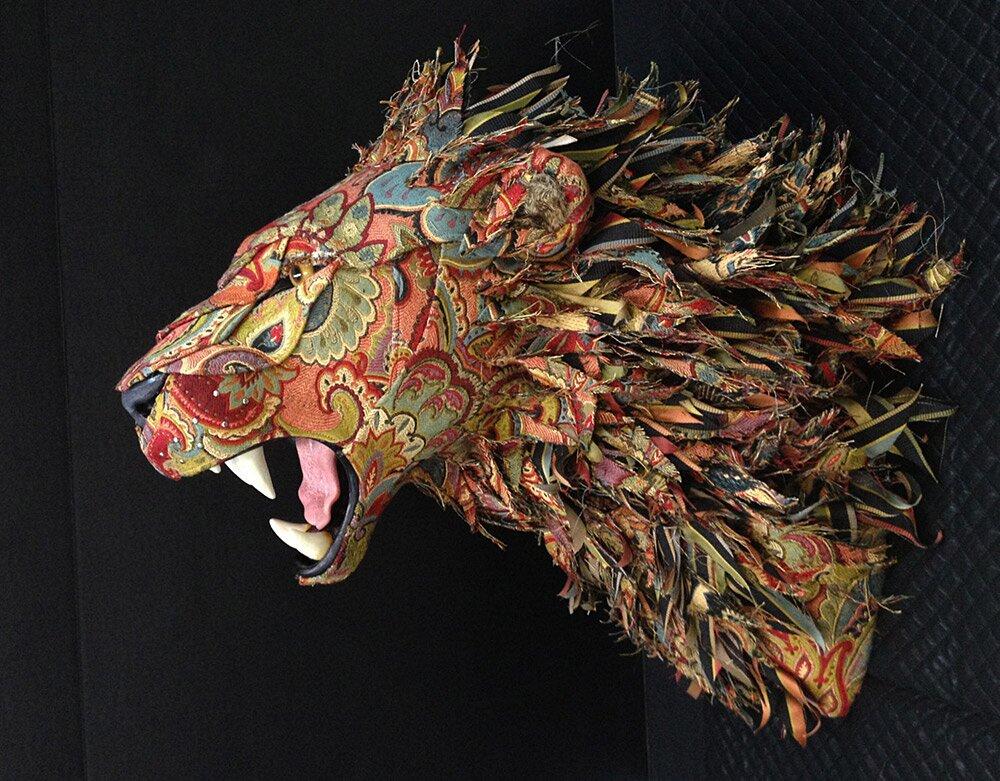sculture-tassidermie-animali-teste-stoffe-tessuti-jelinek-1