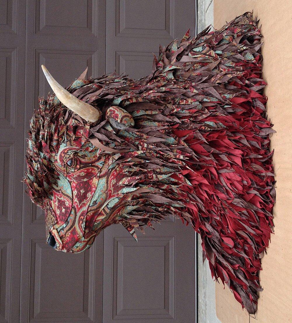 sculture-tassidermie-animali-teste-stoffe-tessuti-jelinek-2