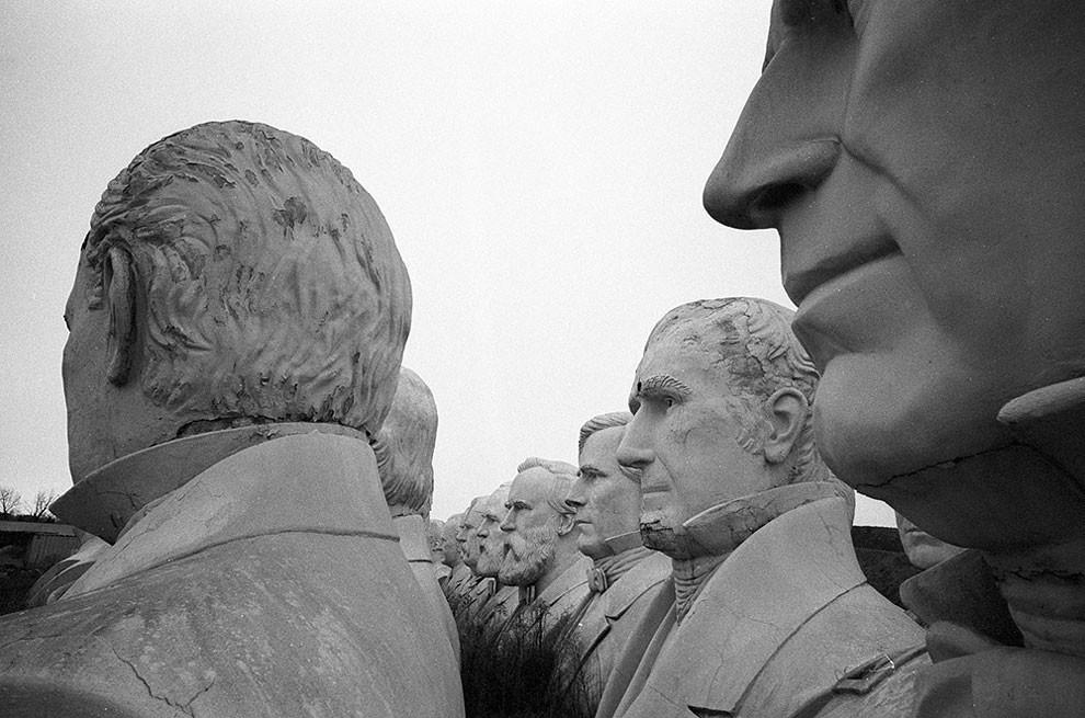 statue-busti-presidenti-usa-abbandonati-patrick-jouist-5