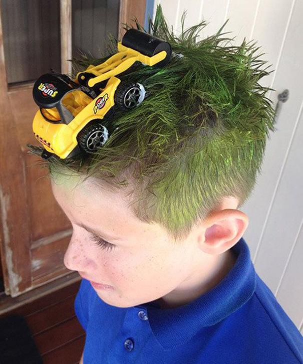 acconciature-pettinature-capelli-folli-bizzarri-crazy-hair-day-18