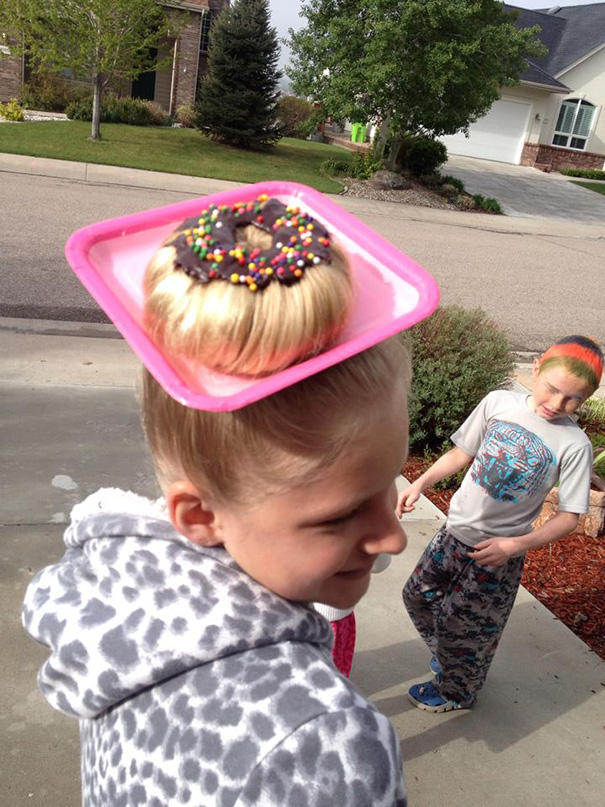 acconciature-pettinature-capelli-folli-bizzarri-crazy-hair-day-22