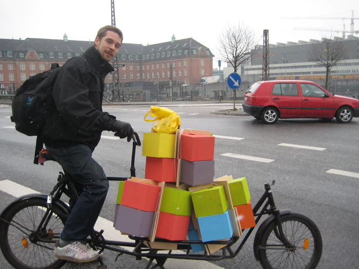 artista-costruisce-casette-uccelli-mondo-danimarca-dambo-05
