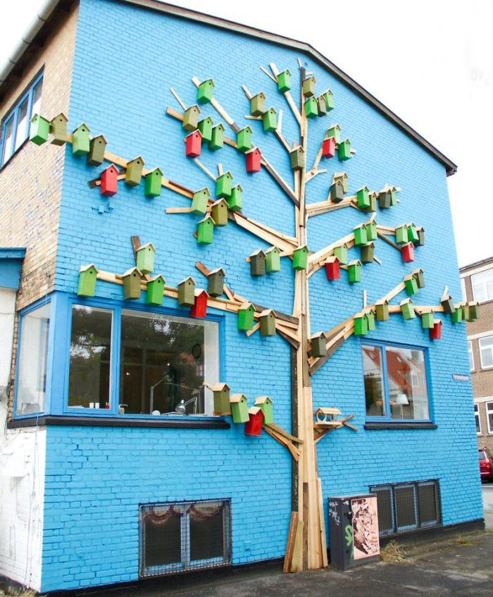 artista-costruisce-casette-uccelli-mondo-danimarca-dambo-06
