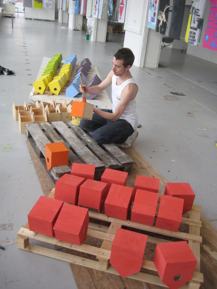 artista-costruisce-casette-uccelli-mondo-danimarca-dambo-07
