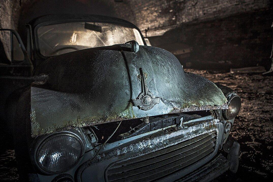 auto-epoca-abbandonate-tunnel-liverpool-14
