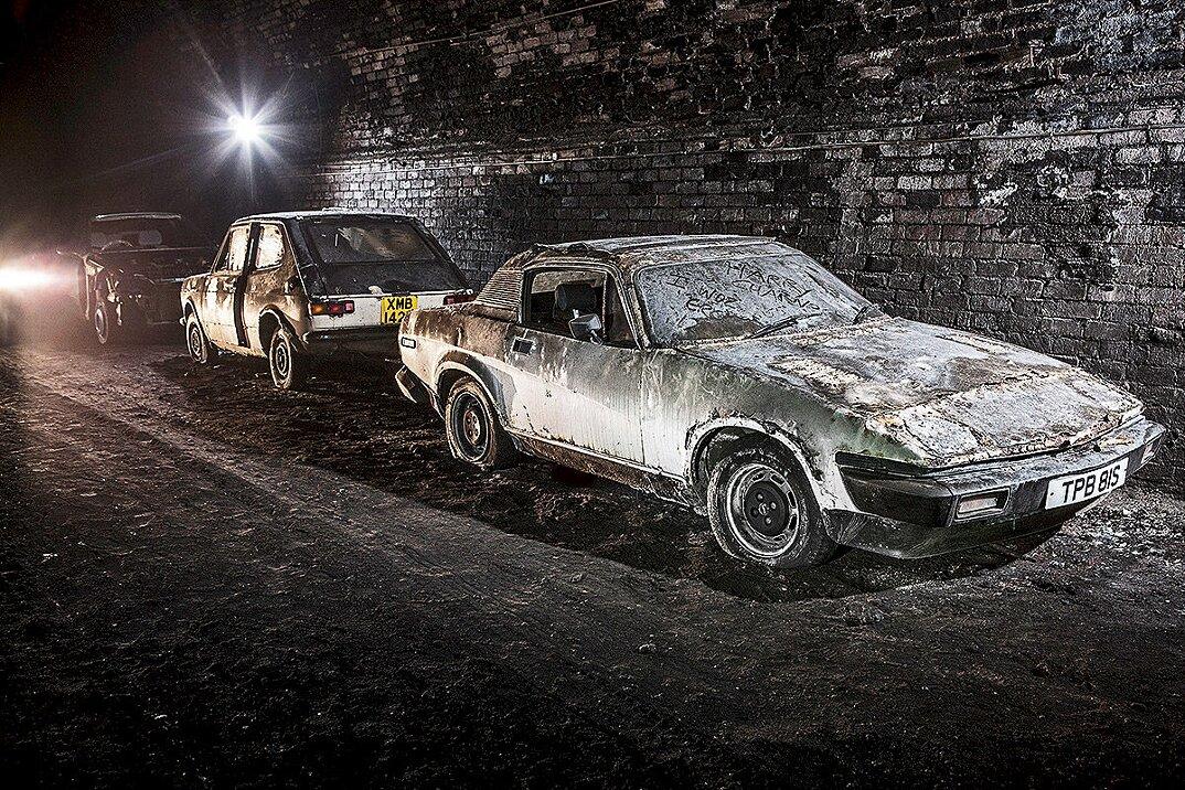 auto-epoca-abbandonate-tunnel-liverpool-15