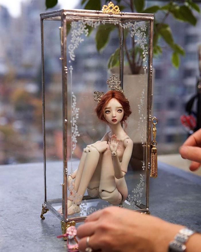 bambole-porcellana-realistiche-tristi-marina-bychkova-19