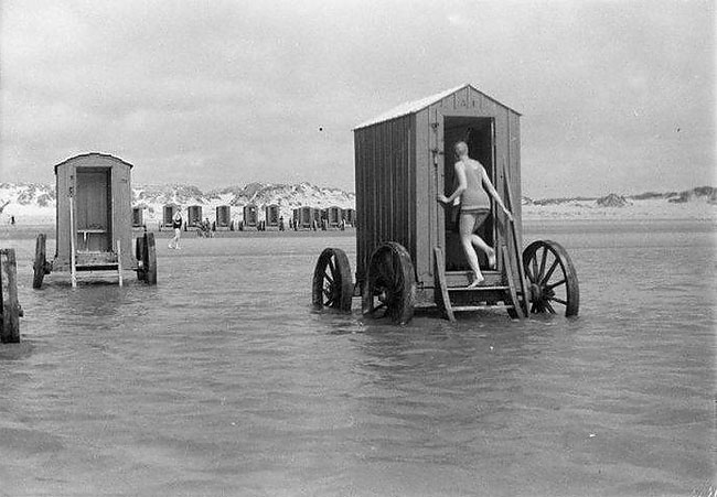 cabine-da-bagno-bathing-machines-foto-d-epoca-01