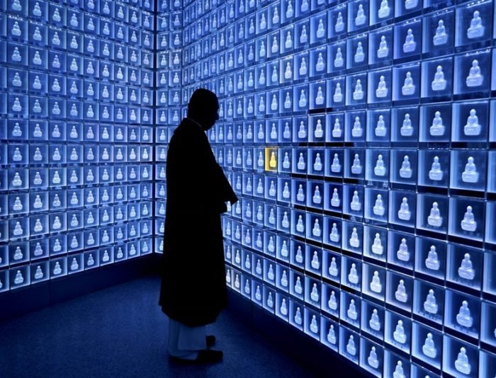 cimitero-ceneri-giappone-carta-elettronica-bansho-ji-kiyoshi-takeyama-2