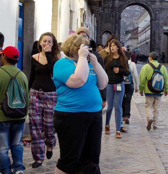 donna-obesa-foto-in pubblico-reazioni-passanti-haley-morris-cafiero-03