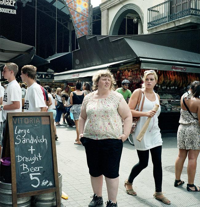 donna-obesa-foto-in pubblico-reazioni-passanti-haley-morris-cafiero-05