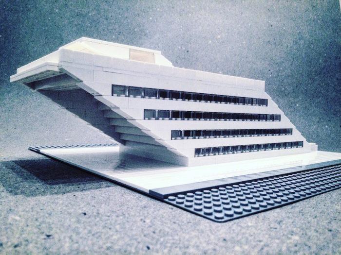 edifici-brutalismo-architettura-lego-mattoncini-arndt-schlaudraff-02