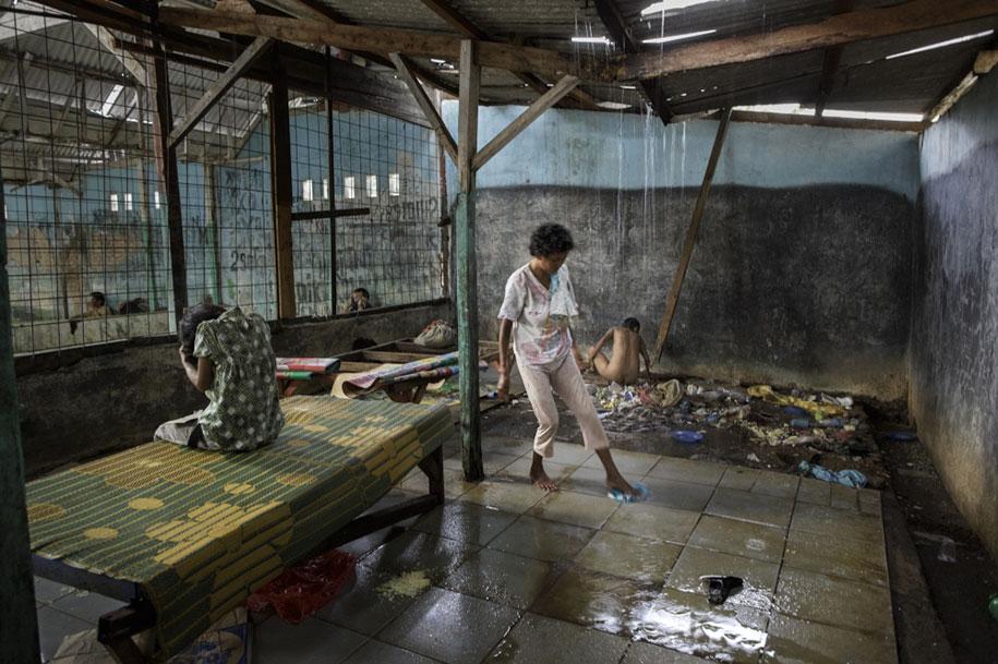 foto-scioccanti-malati-mentali-indonesia-andrea-star-reese-18