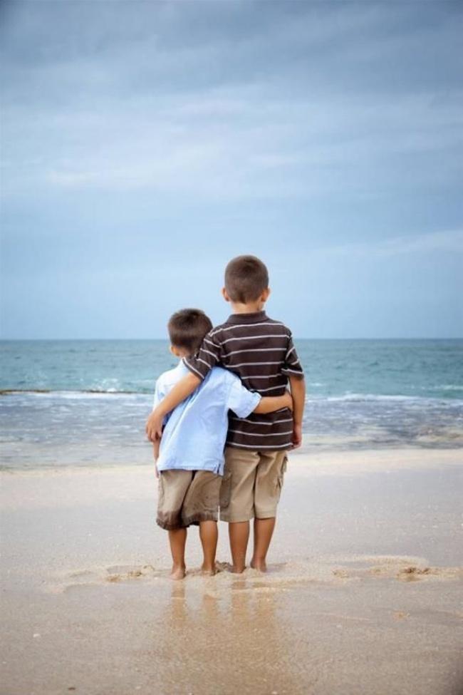 foto-tenere-fratelli-sorelle-bambini-19