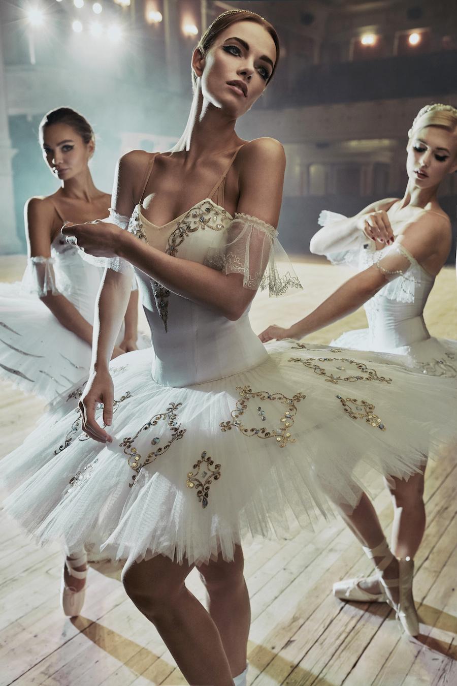 fotografia-ballerine-russe-calendario-12-natural-wonders-paul-giggle-4