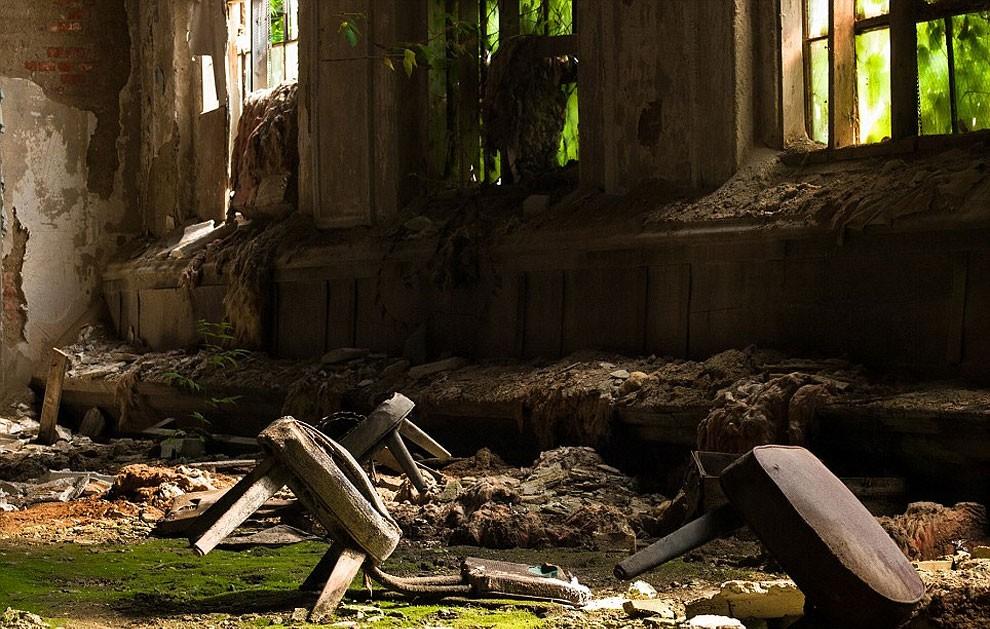fotografia-edifici-abbandonati-america-jonny-joo-05