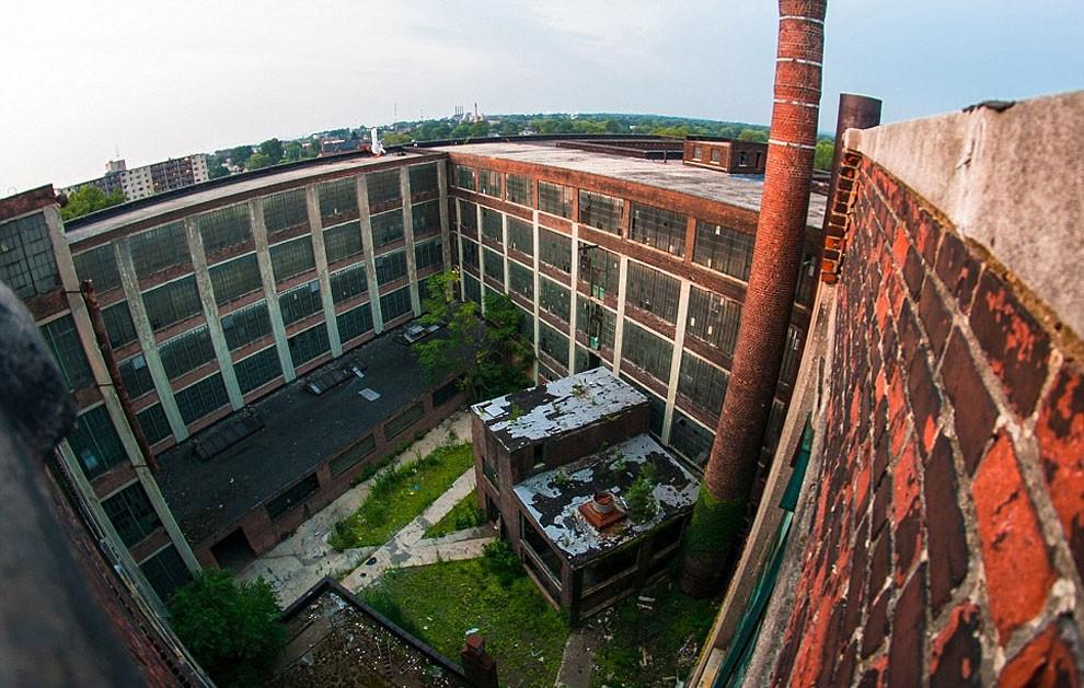 fotografia-edifici-abbandonati-america-jonny-joo-08