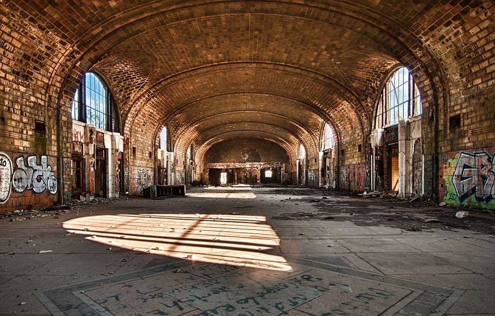 fotografia-edifici-abbandonati-america-jonny-joo-09