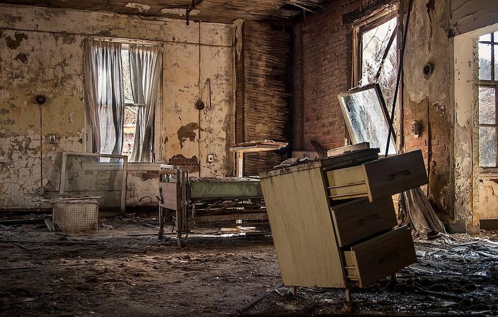 fotografia-edifici-abbandonati-america-jonny-joo-14