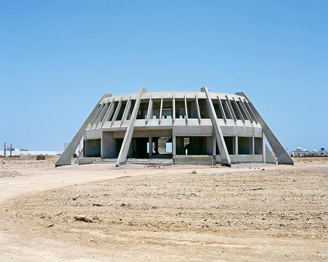 fotografia-hotel-abbandonati-deserto-egitto-haubitz-zoche-05