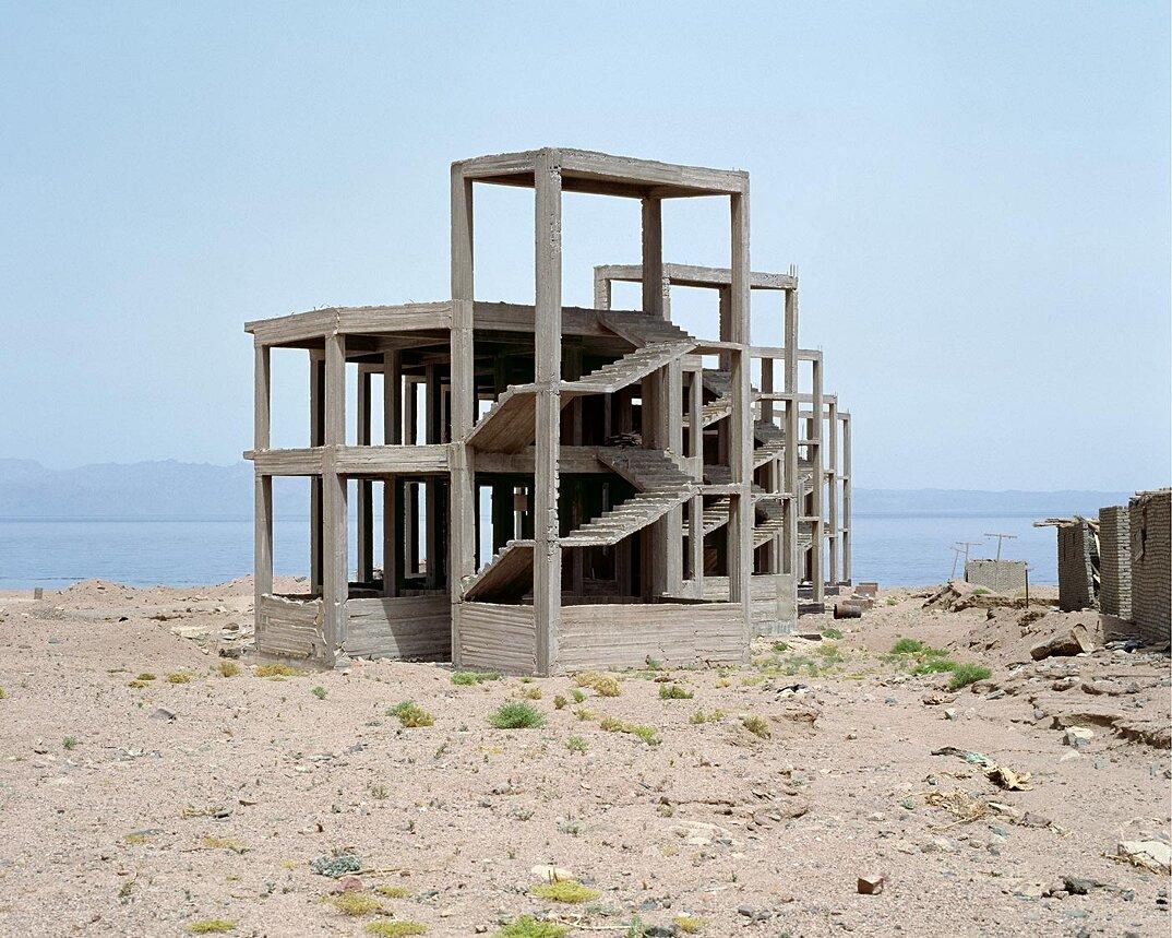 fotografia-hotel-abbandonati-deserto-egitto-haubitz-zoche-06