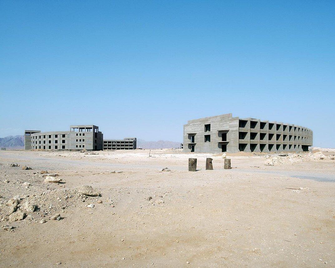 fotografia-hotel-abbandonati-deserto-egitto-haubitz-zoche-10