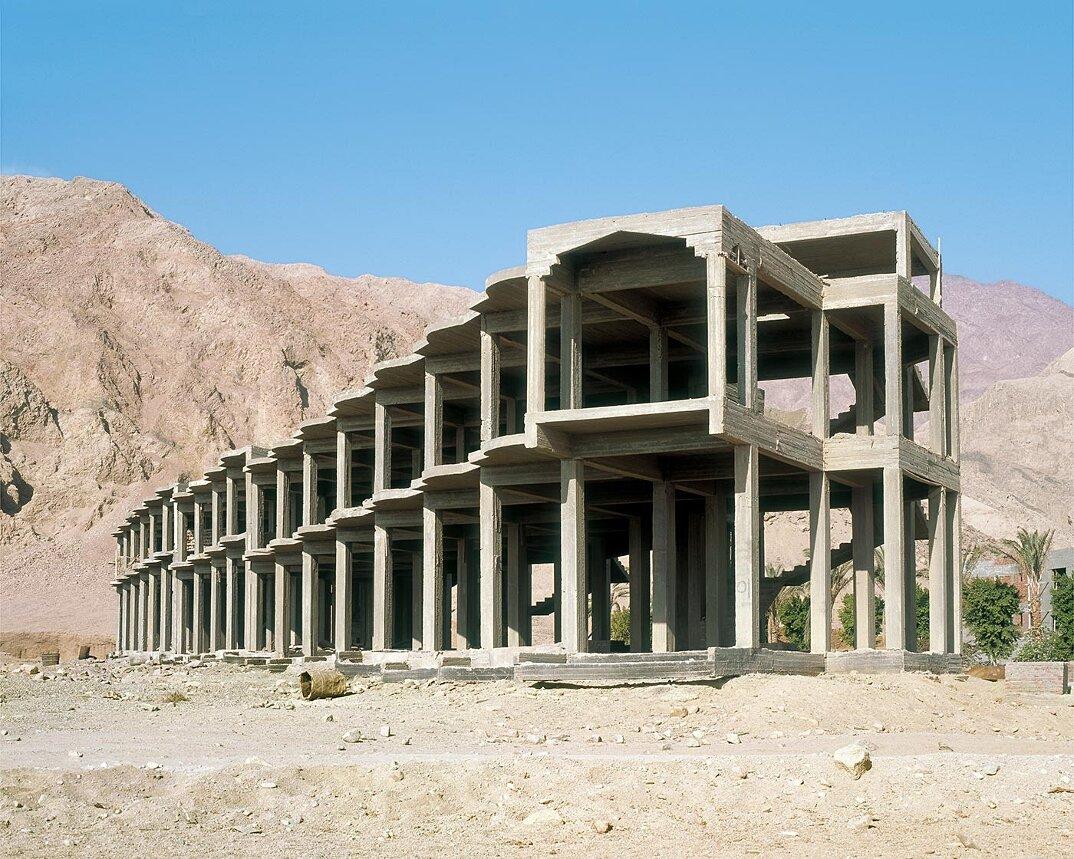 fotografia-hotel-abbandonati-deserto-egitto-haubitz-zoche-15