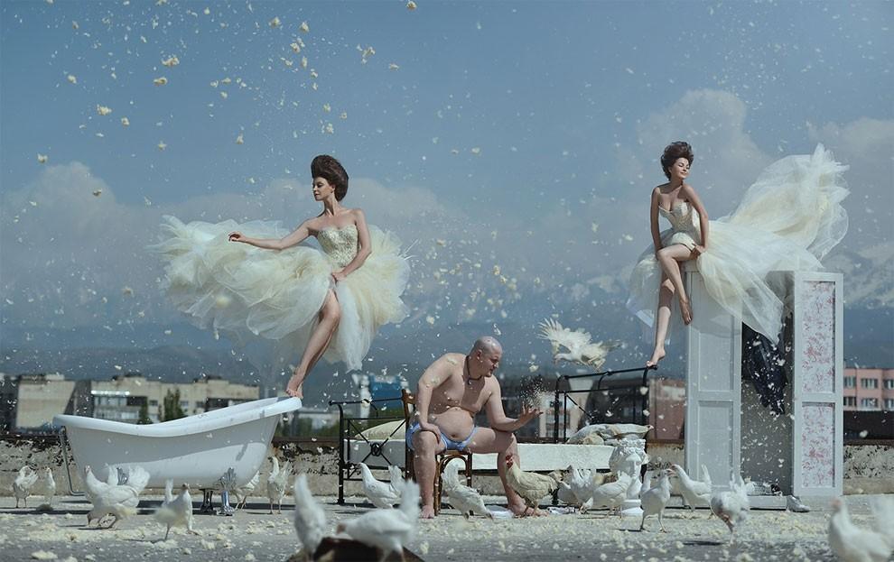 fotografia-surreale-leggerezza-donne-ravshaniya-azoulay-12