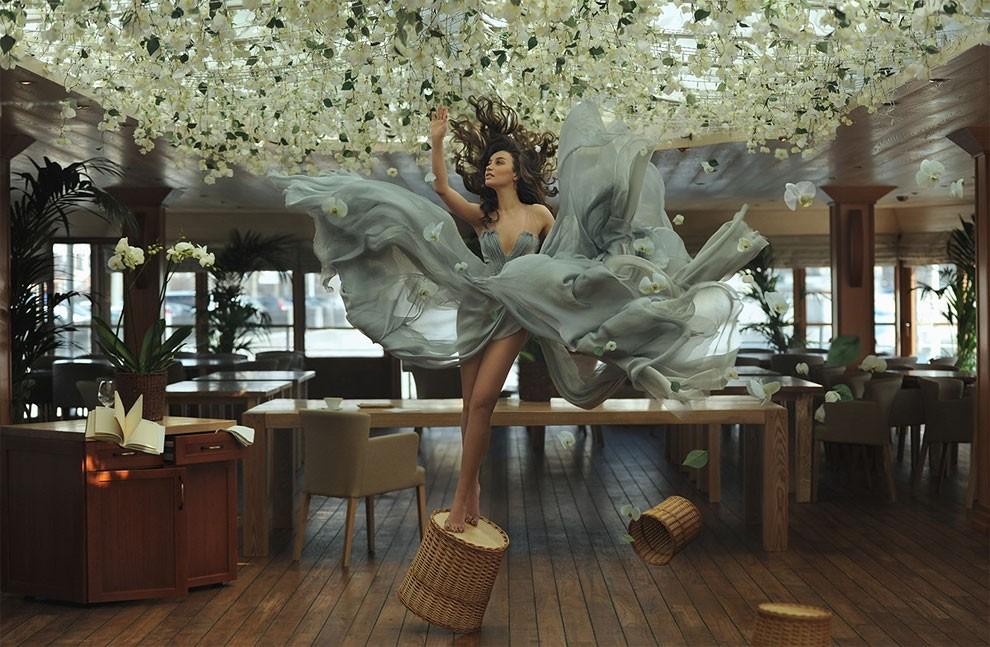 fotografia-surreale-leggerezza-donne-ravshaniya-azoulay-13