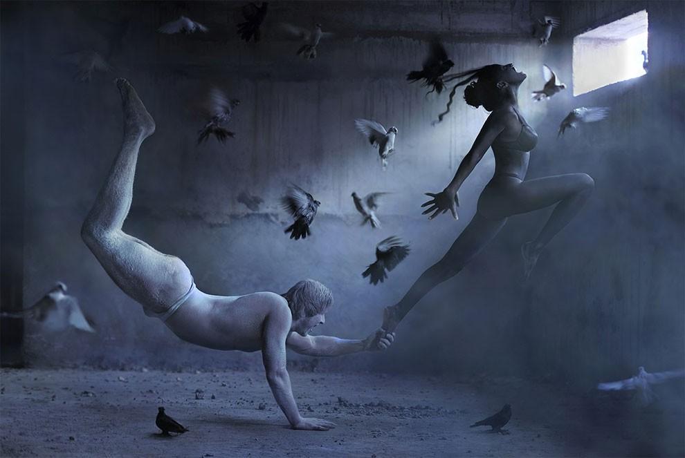 fotografia-surreale-leggerezza-donne-ravshaniya-azoulay-14