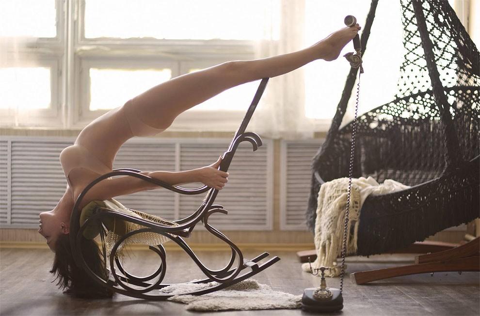 fotografia-surreale-leggerezza-donne-ravshaniya-azoulay-18
